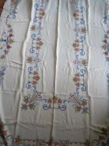 102 X 66 Hand Embroidered Vtg Tablecloth Cross Stitch Flowers 12 Napkins