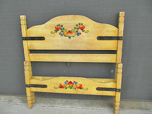 Vintage Branded Monterey Straw Ivory With Floral Paint Single Twin Bed 1930 S