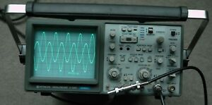 Hitachi V 1060 100mhz Two Channel Oscilloscope Two Probes Power Cord