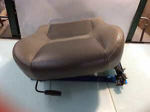 02 03 Land Rover Freelander Front Left Lower Seat Bottom W Track Oem E