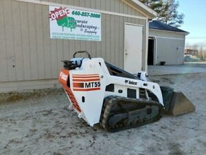 Bobcat Mt55 Walk Behind Track Skid Steer Loader Aux Hydraulics