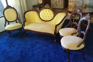 Antique Victorian Style Yellow Tufted Cameo Parlor Sofa Three Chairs Can Ship