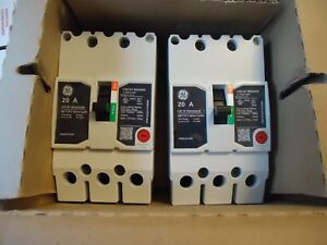 Square D Molded Case Circuit Breakers Teyh3020b 20 A 3 Pole 480 V Lot Of 2