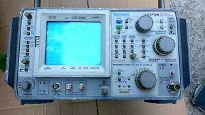 Tektronix 492pgm Programmable Spectrum Analyzer e2