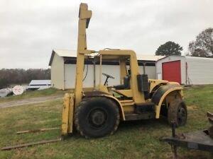 Hyster H200 Pneumatic Tire Rough Terrain Fork Lift