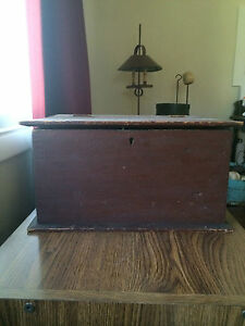 Early Antique Primitive Document Box With Dry Original Red Paint