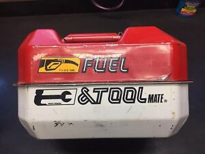 Blitz Fuel Tool Mate Gas Can And Tool Box Flex Spout Chainsaw Kit