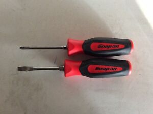 Snap On Tools 2 Pice Screwdriver Set Philips 1 Flat Tip 035 Soft Grip Red
