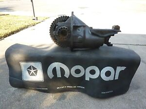 8 75 8 3 4 Chrysler Mopar Rear Differential Free Snubber Rearend 3 23 Gears