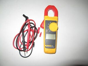 Fluke Model 323 True Rms Digital Clamp Meter Multimeter With Leads