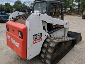 2005 Bobcat T250 Track Skid Steer Loader 2790 Hours