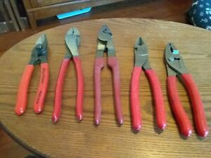 3 Blue point Pliers And 2 Snap on Pliers
