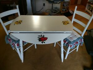 Small Vintage Round Hand Painted Drop Leaf Table Apple Pear Chairs Country Ooak