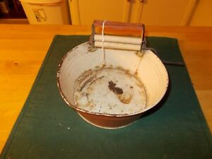 Middle 1900s Childs Metal Wash Tub With Attached Wringer With Handle To Turn
