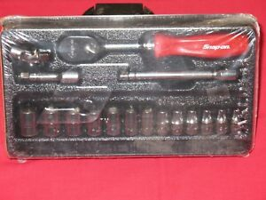 Snap on Tools 1 4 Drive Red 17 Piece Metric General Service Set Brand New