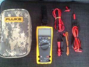 Fluke 179 Esfp True Rms Multimeter With Backlight And Temp Plus Lots Of Extras