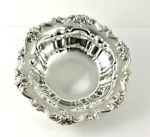 Antique Meriden Britannia Sterling Silver 10 Bowl Floral Lily Ornate 768