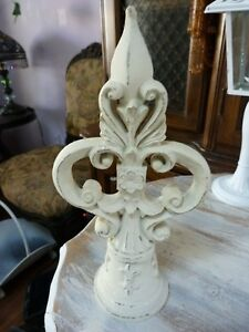 Shabby Yet Chic Scrolled Vintage Finial