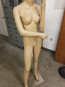 Womens Mannequins