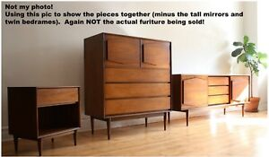 R Way Mid Century Modern Nordic Bedroom Set
