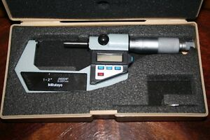 Mitutoyo 1 2 Digital Micrometer No 293 722 10 Inch Metric With Case