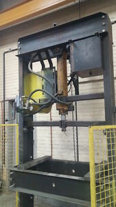 Hydraulic Shop Press 50 Ton Capacity