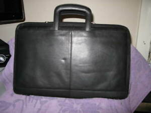 Wilson s Portfolio Briefcase Black Leather Zipped Legal Size Preowned Excellent