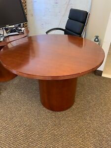 42 Round Conference Cherry Finish Wood Table W Drum Base