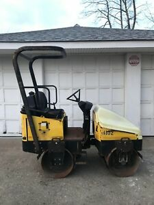 Wacker Neuson Rd11a Honda Engine 18hp Double Drum 1 1 2 Ton Vibratory Roller