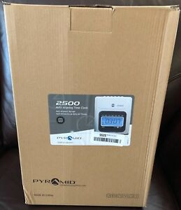Pyramid 2500 Time Clock Bundle With 100 Time Cards