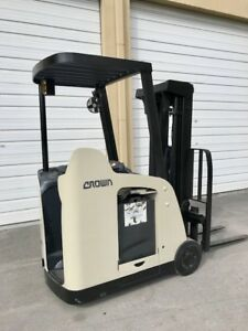 2009 Crown Electric Forklift 2014 Battery Side Shift Tilt 3 000 Lb Capacity