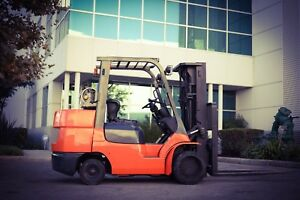 Toyota 10800 Lbs Forklift With Side Shift And 3 Stage Mast 2600 Hours