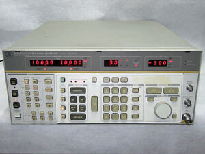 Hp 8662a Synthesized Signal Generator b2
