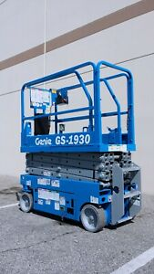 Genie Scissor Lift Manlift Platform Lift