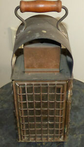 Vintage Wedge Nautical Brass Ship Kerosene Lantern Oil Lamp W Wood Handle 2