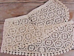 Vintage Or Antique Hand Done Crochet Lace Collar Peter Pan Cream White Ecru