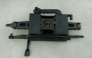 Jeep Liberty Jack And Tools Set Oem 2002 2008