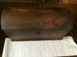 Beautiful Antique Immigrant 1847 Dome Trunk