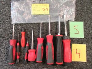 9 Snap On Screw Driver Awl Nut Driver Philips Flat Head Soft Red Handle Used