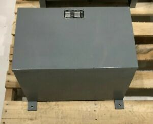 Transformer Berg gibson Primary 440v 13 Amps 60 Cycles Secondary 220v 25 Amp