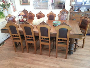 Antique Oak Dinning Table 12 Maching Chairs