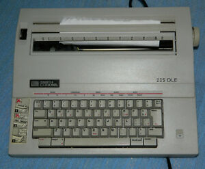 Smith Corona Electronic Typewriter 235 dle With Cover And Ribbon Cartridge