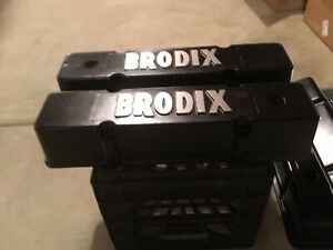 Brodix Vc102 Tall Aluminum Cast Valve Covers Pair For Small Block Chevy