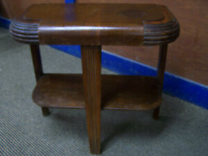 Vintage Art Deco End Table Night Stand Rounded Philco Console Radio Style