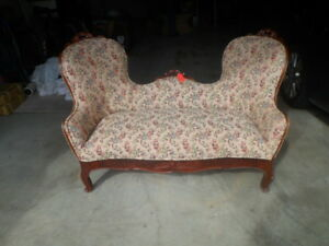 Antique Sofa Love Seat Victorian Early 1900 S Cherry Wood