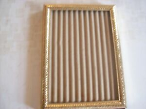 Vintage Gold Metal Embossed Ornate 5x7 Picture Frame Easel Glass Almost Perfect