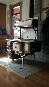 Antique Style Wood Burning Cook Stove With Boiler Hartland The Oval