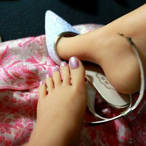 New Lifesize Realistic Silicone Foot Mannequin Fetish 1 Pair Jewelry Display 6