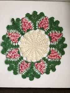 Vintage Pink Rose Raised Grapes Green White Crochet Lace Doily Centerpiece 16
