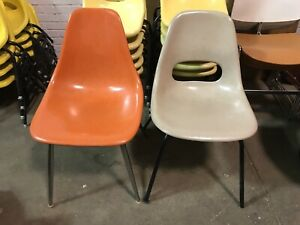 Vintage Mcm Orange Beige Stacking Chairs Chair Eames Knoll Modern Lot Of 2